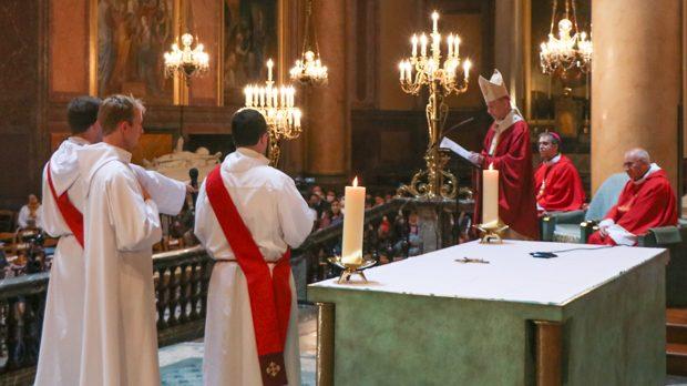 Ordination Erwan Thibault et Hubert de Charnacé