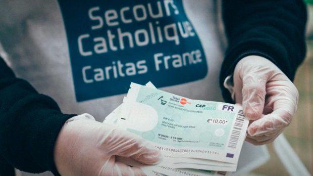 """Le Secours catholiques aident les personnes les plus précaires grâces aux """"chèques services"""""""